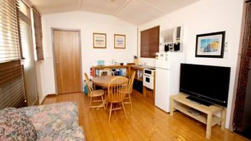 Search 70 holiday lettings