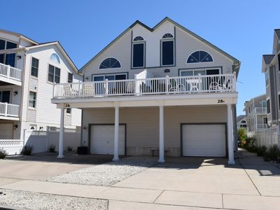 Photo for Beautiful Beach Block townhouse located in Townsend Inlet.