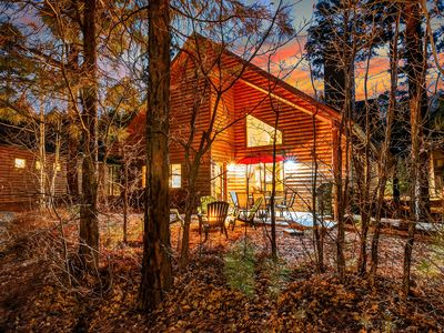 Photo for Gorgeous Cabin close to everything in Pinetop.