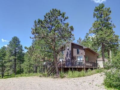 Photo for Cozy 2 Bedroom Family Cabin With Beautiful Views!