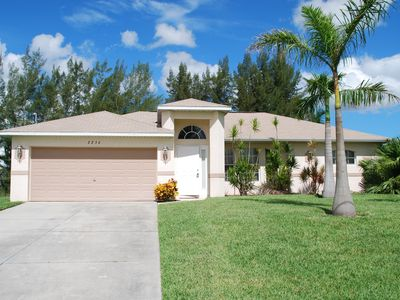 Photo for Holiday villa on canal (Gulf access) pool, GPS, internet, 6 people included