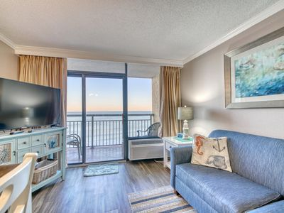 OCEAN FRONT & REMODELED CONDO ON THE GOLDEN MILE!