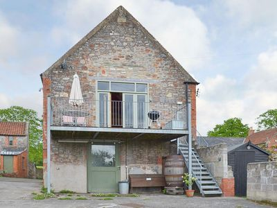 Photo for 1 bedroom property in Wells. Pet friendly.