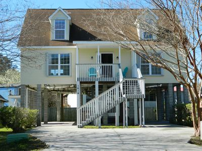 Near Folly Beach, Bright & Spacious Rooms, Quiet Street,  Great parking