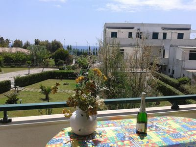 Photo for Nice apartment with sea view near Le Castella - 2 min. from the sea