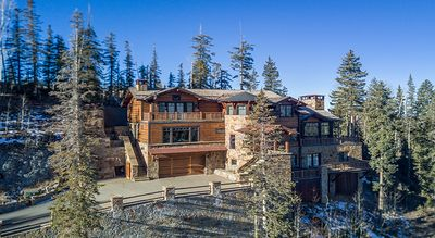 Photo for Two Trails - Slopes ide Convenience, Ultimate Luxury and VIEWS Galore!