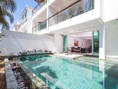 Photo for 4 bedroom villa with private pool, 10 mins to Patong beach, shopping & nightlife