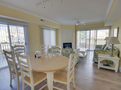 Oceanblock, midtown 3 br condo with great views of Coastal Hwy. Nicely furnished with outdoor pool.