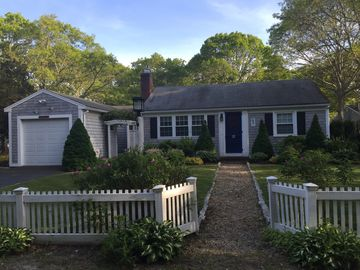 Updated clean home near best beaches, restaurants, & fun! Perfect location!