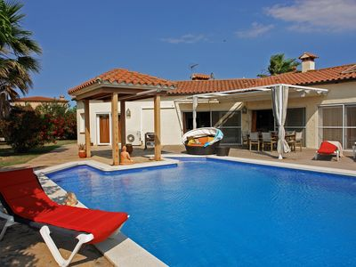 Photo for Delux Villa in Vilacolum with Swimming Pool