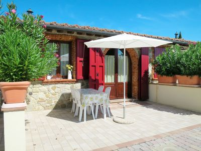 Photo for Apartment Residence Girasole in Montecatini Val di Cecina - 2 persons, 1 bedrooms