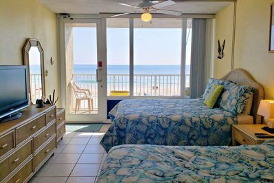 Economical 2nd Floor Beach Front Pirate