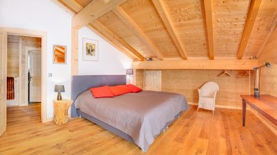 Photo for Beautiful luxury chalet, modern and warm, with sauna and ping-pong table