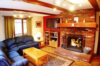 Sitting Room with Log Fireplace , Flat screen TV, Stereo and WiFi