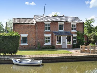 Photo for 4 bedroom accommodation in Stalham