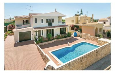Photo for 4 bedroom accommodation in Albufeira
