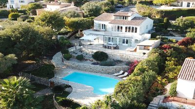 Photo for Beautiful Newly Renovated 4 Bedroom Family Villa in Antibes
