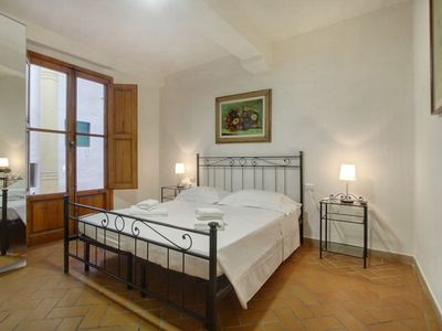 Photo for Apartment in the center of Florence with Internet, Air conditioning (971343)