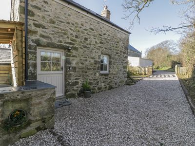 Photo for OWL COTTAGE, pet friendly, with hot tub in Abersoch, Ref 950254