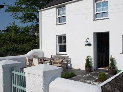 Photo for Peveril Cottage - Three Bedroom House, Sleeps 6
