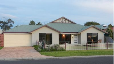 Photo for BUSSELTON OCEANSIDE HOLIDAY HOME