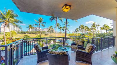 Photo for (B-205) 2 Bed, 2 Bath Villa Overlooking the Lagoon Pool by Ola Properties