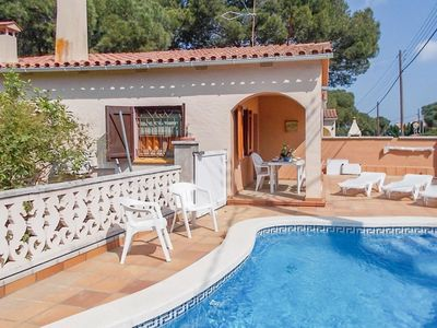 Photo for House for 4 people with private pool in L'Escala