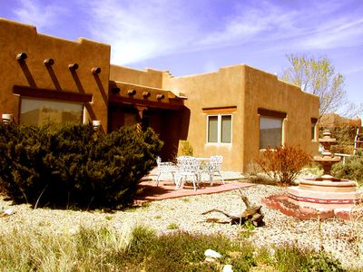 Photo for Casa Panorama -Views-Hot Tub-Kiva Fireplace 10 minutes from Town