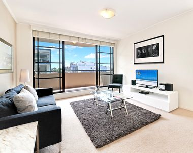 Photo for Spacious North Sydney Two-Bedroom Wyndel Apartment