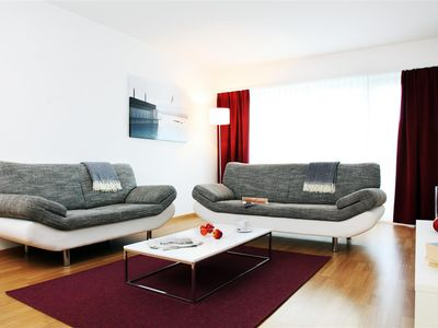 Photo for Trendy living in your 3rd 5-room apartment (78 m²) in the middle of Zurich