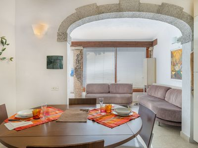 Photo for Fantastic Villa with Air Conditioning, Garden and Terrace; Parking available; Pets allowed