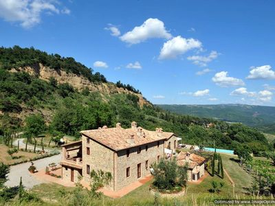 Photo for holiday vacation large villa rental italy, umbria, near orvieto, views, air conditioning, pool, wi-fi, short term long t
