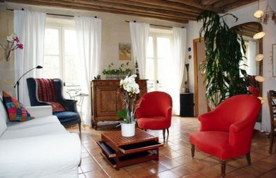 Photo for Inviting spacious family apartment near Republique