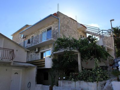 Photo for Two bedroom apartment with balcony and sea view Brela, Makarska (A-789-a)