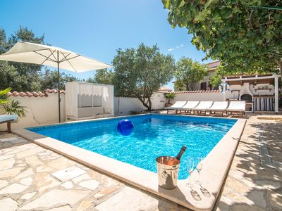 "Photo for ""CASA Bartoletti"" - Holiday house with POOL & WHIRLPOOL in the quiet fishing village"