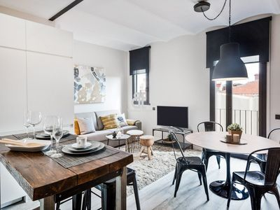 Photo for Be Apartment - Beautiful luxury apartment located in the historic center of the Sants district. 1 bedroom and 1 bathroom in New York style.
