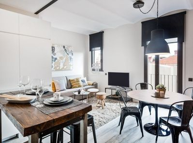Be Apartment - Beautiful luxury apartment located in the historic center of  the Sants district. 1 bedroom and 1 bathroom in New York style. - ...