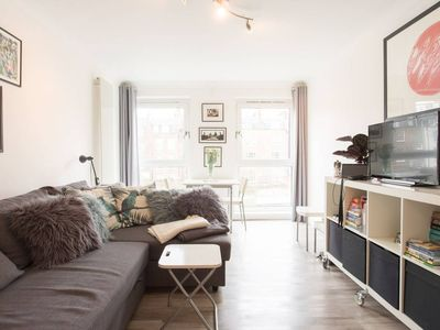 Photo for Spacious 1BR Flat in Angel