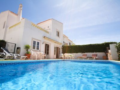 Photo for Fantastic Villa With Private Pool In Vilamoura