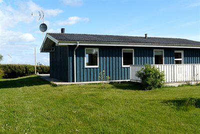 Photo for 4 bedroom accommodation in Glesborg