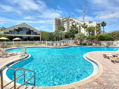 Photo for Shuttle to Popular Orlando Theme Parks | BUDGET FRIENDLY Suite