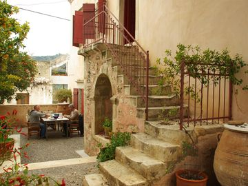 Charming Holiday Villa Rental Southern Crete - Traditional Cretan Villa
