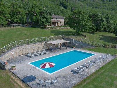 Photo for Villa Paradiso is wonderful property in Tuscany, near Arezzo, with pool, air conditioning, sleeps 12