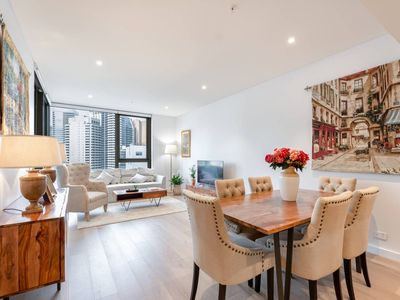 Photo for Darling Harbour Nordic apt in the heart of Sydney