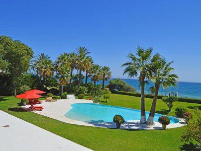 Photo for SPECTACULAR VILLA ON THE FIRST LINE OF THE BEACH