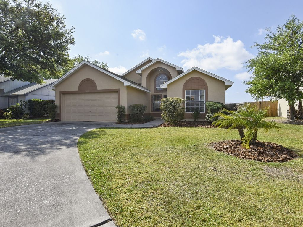 Orlando vacation pool home in the Blue Ridge subdivision of Southchase