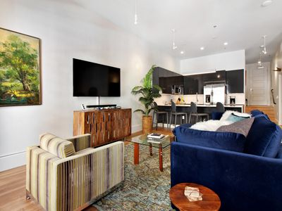 Photo for NEW LISTING! Stylish loft condo w/shared rooftop patio, steps to downtown Dallas