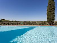Beautifully maintained gardens, lovely views, great pool