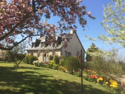 Photo for Character family home in the countryside 10 pers. 20 minutes from the coast