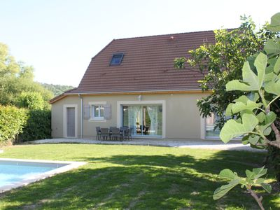 Photo for House with pool 5 minutes from Lascaux Caves